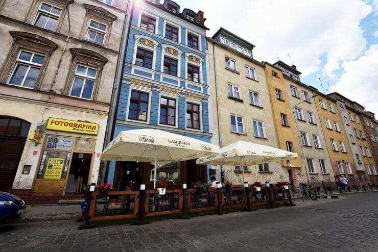 Kamienica z zewnątrz - Hostel ul. Kotlarska 40, Wrocław