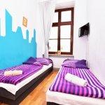 Pokój z niebieskimi akcentami - Hostel ul. Kotlarska 40, Wrocław